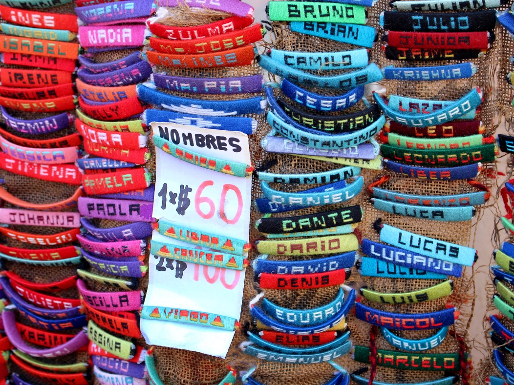 mercado-del-puerto-artesanato